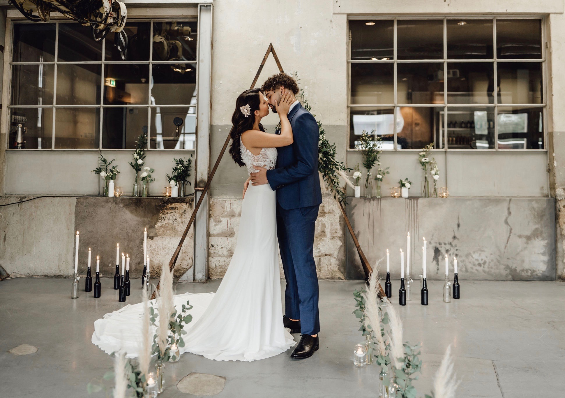 The Wedding Stories Lara
